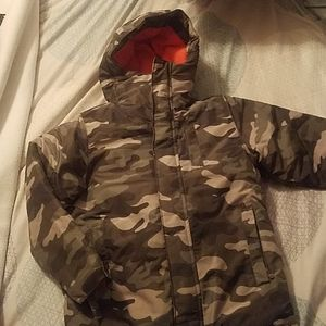 Camo puffer and fleece jacket. 2 in 1